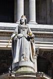 Anne Λονδίνο Paul άγαλμα βασίλισσας s ST Στοκ εικόνες με δικαίωμα ελεύθερης χρήσης