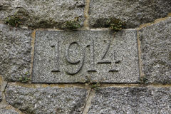Année 1914 découpée dans la pierre Les années de la Première Guerre Mondiale Photos stock