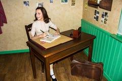Anne Frank, estátua da cera, Amsterdão da senhora Tussaud foto de stock