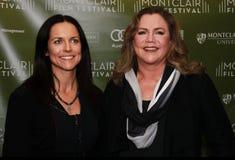 Anne Renton y Kathleen Turner Imagen de archivo libre de regalías
