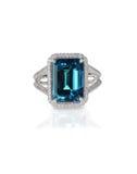 Anneau bleu vert de pierre gemme Images stock