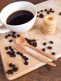 Anneau de biscuit avec du café Images libres de droits