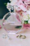 Anneau de mariage jeweled Photo libre de droits