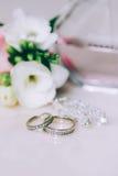 Anneau de mariage jeweled Photo stock