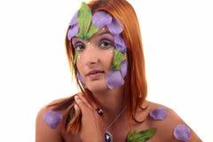 Anneau de vintage de fille de maquillage de feuille Images stock