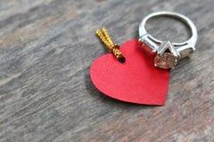 Anneau et amour Images stock