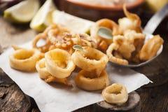Anneaux croustillants de Calamari Image libre de droits