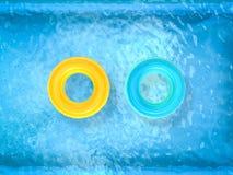 Anneaux de bain sur la piscine Image libre de droits