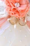Anneaux de mariage - photo courante Images stock