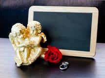 Anneaux, un symbole de notre amour Photos stock