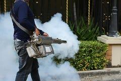 Annebbiamento per impedire le dengue fotografia stock