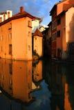 ANNECY, στις 18 Απριλίου 2017 - η αρχιτεκτονική του Annecy, κάλεσε τη Βενετία των Άλπεων Γαλλία, Ευρώπη Στοκ Φωτογραφία