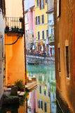 ANNECY, στις 18 Απριλίου 2017 - η αρχιτεκτονική του Annecy, κάλεσε τη Βενετία των Άλπεων Γαλλία, Ευρώπη Στοκ φωτογραφία με δικαίωμα ελεύθερης χρήσης