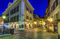 Annecy gammal stadsgata, Frankrike, HDR Royaltyfri Foto