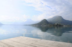 Annecy jezioro przy Talloires, Francja Obraz Royalty Free