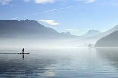 Annecy sjö i Frankrike Royaltyfri Fotografi
