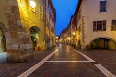 Annecy Vecchia città alla notte Fotografia Stock Libera da Diritti