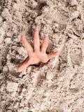 Annegando in sabbia Fotografia Stock Libera da Diritti