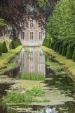 Annevoie和它的反射城堡  库存图片
