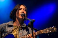 Anni B Bonbon führt im Konzert an FLUNKEREI Festival durch Stockfotos