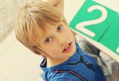 6 anni svegli del ragazzo Immagine Stock Libera da Diritti