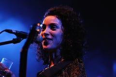 Annie Clark, βασικός τραγουδιστής του ST Vincent Στοκ φωτογραφίες με δικαίωμα ελεύθερης χρήσης