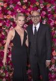 Annika Boras en Ayad Akhtar bij 2018 Tony Awards Stock Fotografie