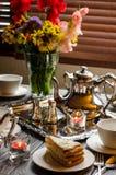 Anniversaire, bel arrangement de table Images stock
