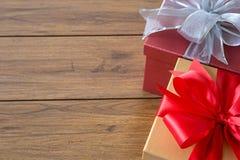 anniversario felice Chri della cartolina d'auguri di festa di Natale del contenitore di regalo Fotografie Stock