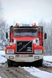 Anno 1990 del camion di roulotte di Volvo N12 con 2,8 m. chilometro sul Odom Immagini Stock
