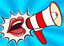 Annonce criarde femelle ouverte sexy de bouche et de mégaphone Dirigez le fond dans le rétro style comique d'art de bruit illustration de vecteur