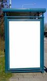annonsering av mellanrumet bussar teckenstoppet Arkivbilder