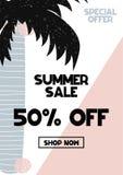 Annonskort med bokstäver 50 av sommarförsäljning i hand dragen stil Kan användas som annonskupongen, affischen, reklambladet, bro Arkivfoto