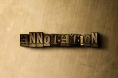 ANNOTATION - plan rapproché de mot composé par vintage sale sur le contexte en métal Photos stock