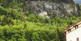 Annunci dipinti sulle rocce di Skagway fotografia stock