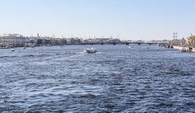 Annunciation γέφυρα πέρα από το Neva Στοκ Εικόνες