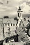 Annunciation εκκλησία και κόκκινες στέγες των παλαιών σπιτιών, Szentendre, bla Στοκ φωτογραφίες με δικαίωμα ελεύθερης χρήσης