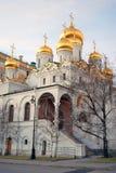 Annunciation εκκλησία Κρεμλίνο Μόσχα μπλε ουρανός ανασκόπησης Στοκ εικόνα με δικαίωμα ελεύθερης χρήσης