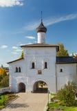 Annunciation εκκλησία πυλών στο μοναστήρι - Σούζνταλ Στοκ φωτογραφία με δικαίωμα ελεύθερης χρήσης