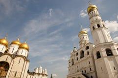 Annunciation καθεδρικός ναός & Ivan ο μεγάλος πύργος κουδουνιών - Κρεμλίνο - Ρωσία Στοκ φωτογραφίες με δικαίωμα ελεύθερης χρήσης