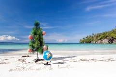 Ano novo da celebração na praia tropical, 2014 fotos de stock