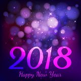 Ano novo feliz 2018 com bokeh no fundo roxo escuro da cor Fotografia de Stock