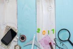 Ano novo feliz 2017 com equipamento da preparação do curso, equipamento de Foto de Stock Royalty Free