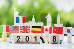 Ano novo feliz 2018, trabalhos de equipa, e conceito do negócio da parceria Foto de Stock Royalty Free