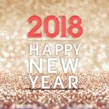 Ano novo feliz um número de 2018 anos com confetes no golde efervescente Fotos de Stock