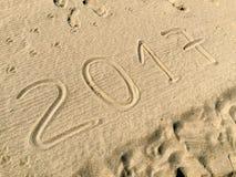 Ano 2017 tirado na areia Imagens de Stock