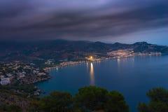 Anochecer en la bahía del La Herradura, Granada Fotos de archivo