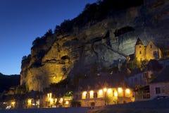Anoitecer no La Roque-Gageac imagens de stock royalty free