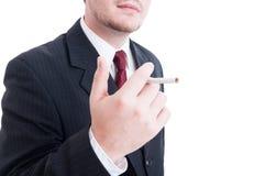 Anonimowy biznesowy pracownik bierze papierosowego przerwy pojęcie Obraz Stock