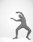 Anonimowy mężczyzna przedstawia twój produkt Fotografia Royalty Free